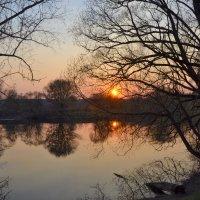 Закат на реке Нара :: Александра