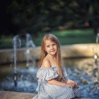 У фонтана :: Надежда Антонова