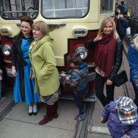 Парад трамваев 2019 :: Сергей Золотавин