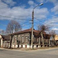 Старый дом на Стрелецкой улице :: Сергей Пиголкин