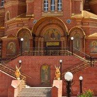 Главный вход в собор обители. Саракташ. Оренбургская область :: MILAV V
