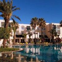 Отдых в Тунисе . Серия . :: Мила Бовкун