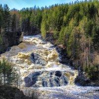 волшебный водопад на ГЭСе :: Георгий А