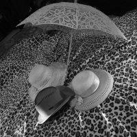 Пляжный  сон - три шляпы  ...на  кон! :: Евгений БРИГ и невич