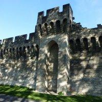Крепостная стена Авиньона :: Лидия Бусурина
