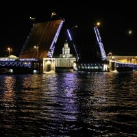 Развод мостов :: Анастасия Мишина