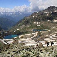 Спуск в долину реки Джалпакол :: Михаил Баевский