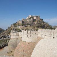 На крепостной стене форта. :: Oleg