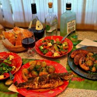 Кому рыба, а кому колбаски. :: Михаил Столяров