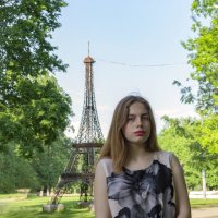 Она была в Париже... :: Sergey Polovnikov