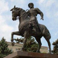 Памятник Григорию Засекину :: Инна Драбкина