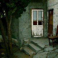 Крымский дворик. :: ЛЮБОВЬ ВИТТ
