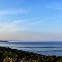Вид с высотного дома  на  мост через Волгу. :: Гера Dolovova
