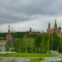 Вид из парка Зарядье :: Татьяна Лобанова