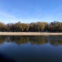 Осенняя река :: Алексей Воронин