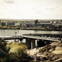 Строительство Нижегородского метромоста... :: Андрей Головкин