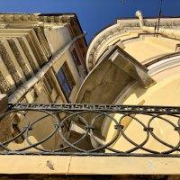 Окна в окна. :: Ирина Коноплёва
