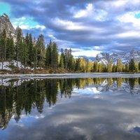 зеркальное отражение неба :: Георгий А