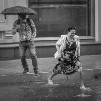 В дождь. :: Николай Галкин