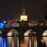 Карлов мост в ночи :: Сергей