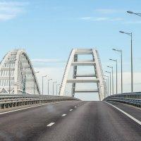 Арки Крымского моста :: Андрей Щетинин