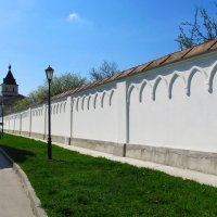 За монастырской стеной :: Маргарита