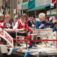 Норвежский парад в Бруклине :: Олег Чемоданов