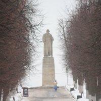 Памятник Ивану Сусанину в Костроме :: Елена Верховская