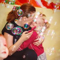 Счастливые мыльные пузыри :: Александра Уварова