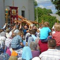 Праздничный крестный ход. :: Михаил Попов