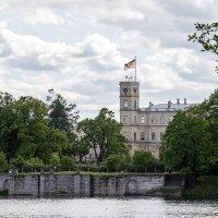 Замок у озера :: VL
