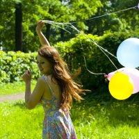 Шары и лето :: Елена Шацкая