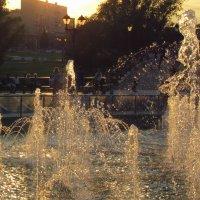Брызги фонтана :: Лера Николова