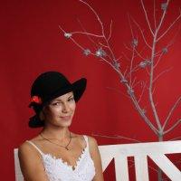 В шляпе :: Stasiya Behluli
