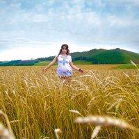 В поле :: Виктор П.
