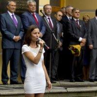 Она поёт, поёт про жизнь :: Александр Рябчиков