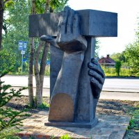 Памятник кирпичу :: Александр Морозов