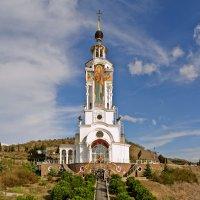 Храм-маяк в Малореченском :: Игорь Кузьмин
