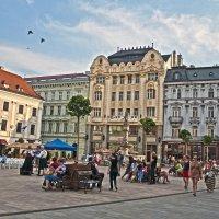 The Square in Bratislava :: Roman Ilnytskyi