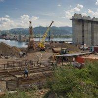 быть четвертому мосту в Красноярске :: Александр Иванов