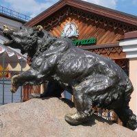 Медведь  - символ Ярославля :: Gen Vel