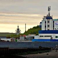 Североморский морской вокзал :: Екатерина Забелина