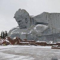 Монумент Мужество. :: Валентина Жукова