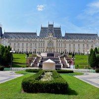 Дворец культуры, Яссы, Румыния :: Nina Streapan