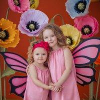 Бабочки-сестрички :: Виктория Невская