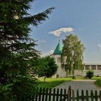 внутренний дворик монастыря :: Валентина. .