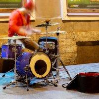 Ночной барабанщик :: Андрей Николаевич Незнанов