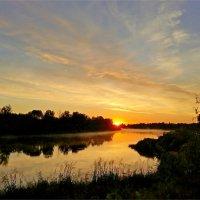 Свет утренней зари :: Геннадий Худолеев