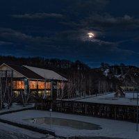 Лунный свет. :: Сергей Шатохин
