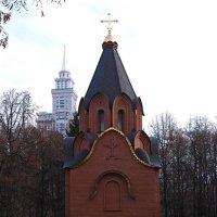 Часовня Спаса Преображения на братском воинском кладбище :: Игорь Белоногов